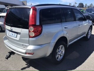 2011 Great Wall X240 (4x4) Wagon.