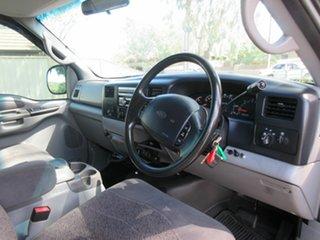 2002 Ford F250 XLT Pickup.