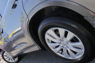 2014 Honda CR-V VTi Wagon.