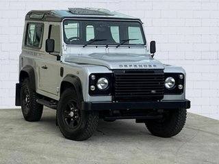2015 Land Rover Defender 90 Wagon.