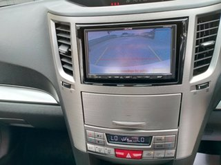 2012 Subaru Liberty 2.5I Sedan.