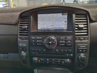 2014 Nissan Navara ST Titanium Edition (4x4) Dual Cab Pick-up.