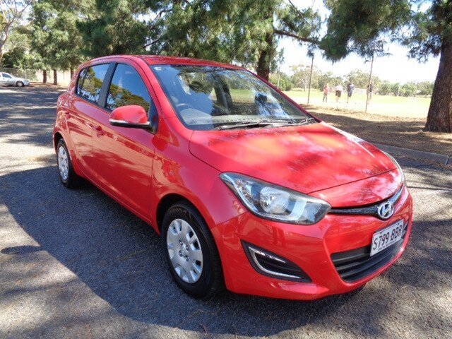 Used Hyundai i20 Active, Nailsworth, 2013 Hyundai i20 Active Hatchback