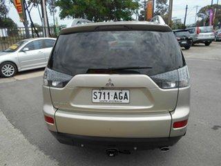 2008 Mitsubishi Outlander LS Wagon.