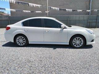 2010 Subaru Liberty 2.5I Sedan.