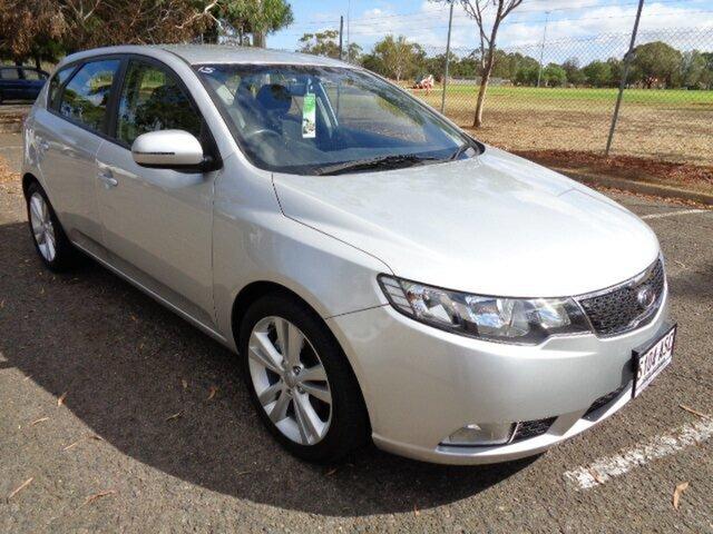 Used Kia Cerato Extra, Nailsworth, 2012 Kia Cerato Extra Hatchback