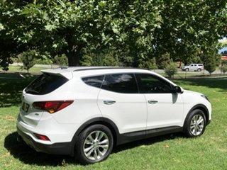 2017 Hyundai Santa Fe Elite Wagon.