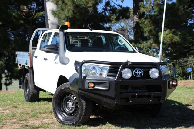 Used Toyota Hilux Workmate Double Cab, Officer, 2017 Toyota Hilux Workmate Double Cab Cab Chassis