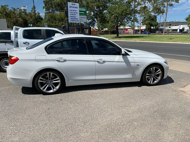 Used BMW 320i Sport Line, West Croydon, 2013 BMW 320i Sport Line Sedan