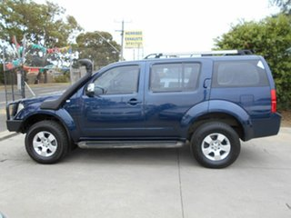 2005 Nissan Pathfinder ST-L (4x4) Wagon.