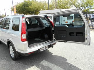 2005 Honda CR-V (4x4) Sport Wagon.