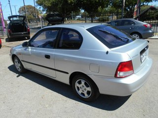 2001 Hyundai Accent GL Hatchback.