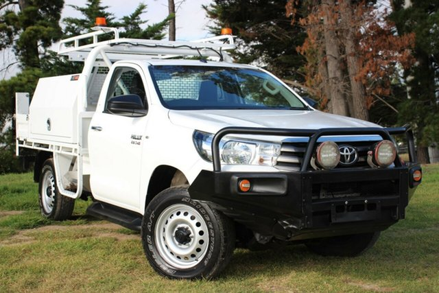 Used Toyota Hilux SR, Officer, 2017 Toyota Hilux SR Cab Chassis
