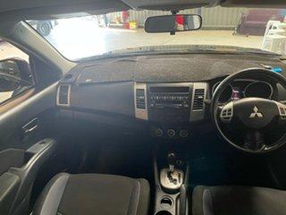 2011 Mitsubishi Outlander LS 2WD Wagon.