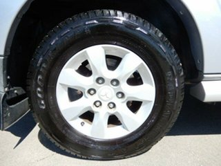 2009 Mitsubishi Pajero Platinum Edition Wagon.