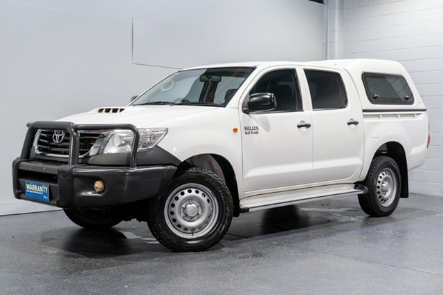 Used Toyota Hilux SR (4x4), Slacks Creek, 2015 Toyota Hilux SR (4x4) Dual Cab Pick-up