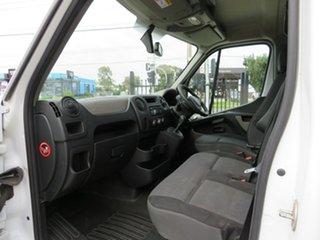 2016 Renault Master Van.
