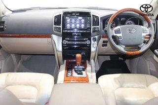 2014 Toyota Landcruiser Sahara Wagon.