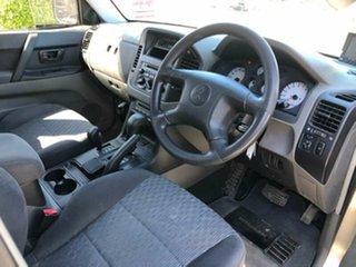 2005 Mitsubishi Pajero GLX Wagon.