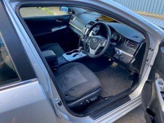 2014 Toyota Camry Hybrid H Sedan.