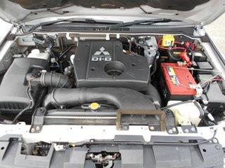2011 Mitsubishi Pajero GLS Wagon.