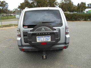 2007 Mitsubishi Pajero GLX Wagon.