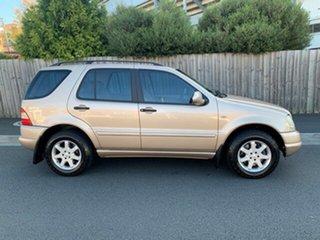 2001 Mercedes-Benz ML430 4x4 Wagon.
