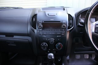 2016 Isuzu D-MAX SX Cab Chassis.