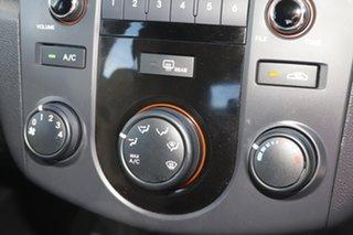 2012 Kia Cerato S Hatchback.