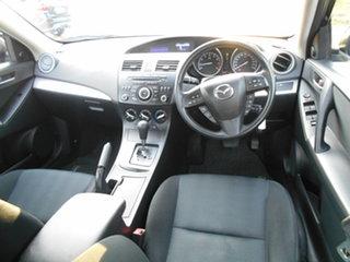 2011 Mazda 3 Neo Sedan.