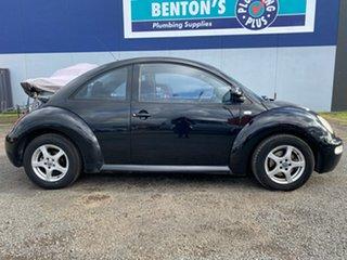 2002 Volkswagen Beetle 1.6 Ikon Hatchback.