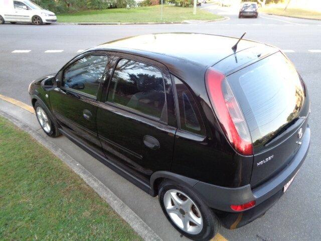 Used Holden Barina, Chermside, 2002 Holden Barina XC Hatchback