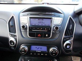 2010 Hyundai ix35 Highlander AWD Wagon.