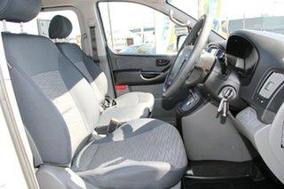 2015 Hyundai iLOAD Crew Cab Van.
