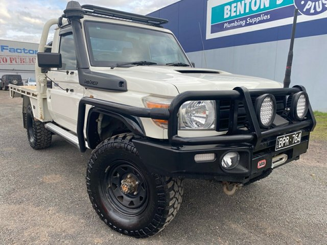 Used Toyota Landcruiser Workmate (4x4), Hoppers Crossing, 2009 Toyota Landcruiser Workmate (4x4) Cab Chassis
