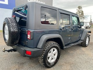 2007 Jeep Wrangler Unlimited Sport (4x4) Softtop.
