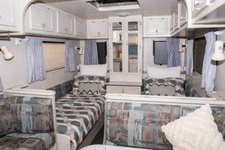 2000 Caravan Regent Cruiser.