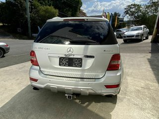 2011 Mercedes-Benz ML350 CDI Luxury (4x4) Wagon.