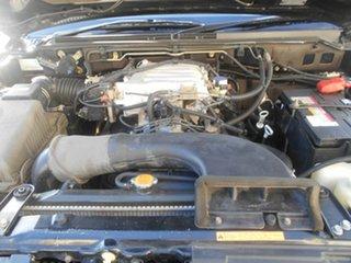 2005 Mitsubishi Pajero GLS Platinum Wagon.